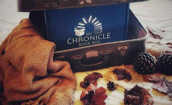 Unboxing May's Fantasy & Scifi Box From My Chronicle Book Box.